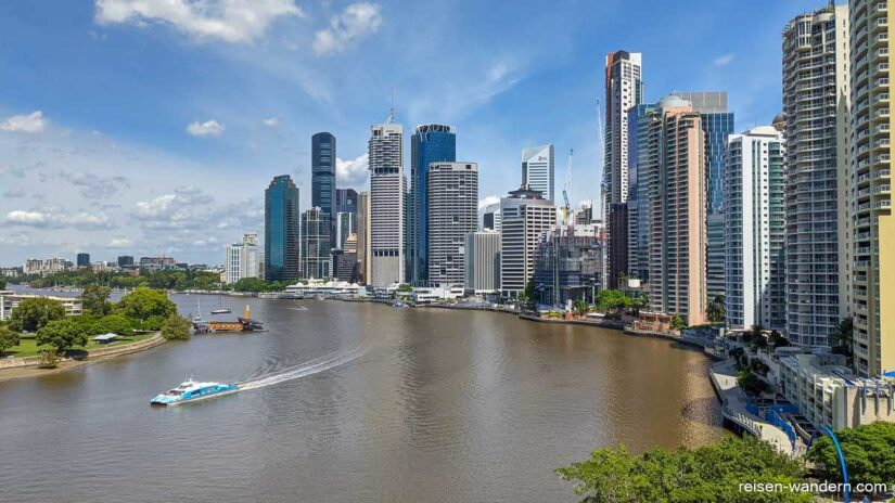 Skyline von Brisbane mit Brisbane River