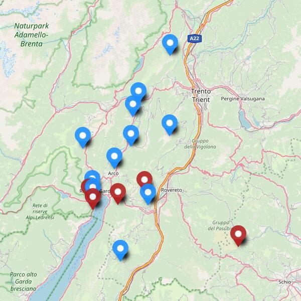 Karte mit Klettersteigen und Kriegssteigen am Gardasse-karte