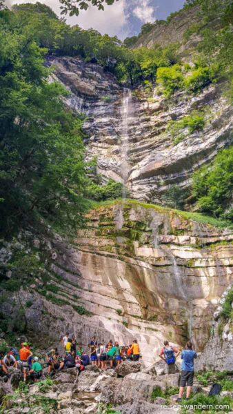 Wasserfall beim Zustieg zum Klettersteig Gerardo Sega