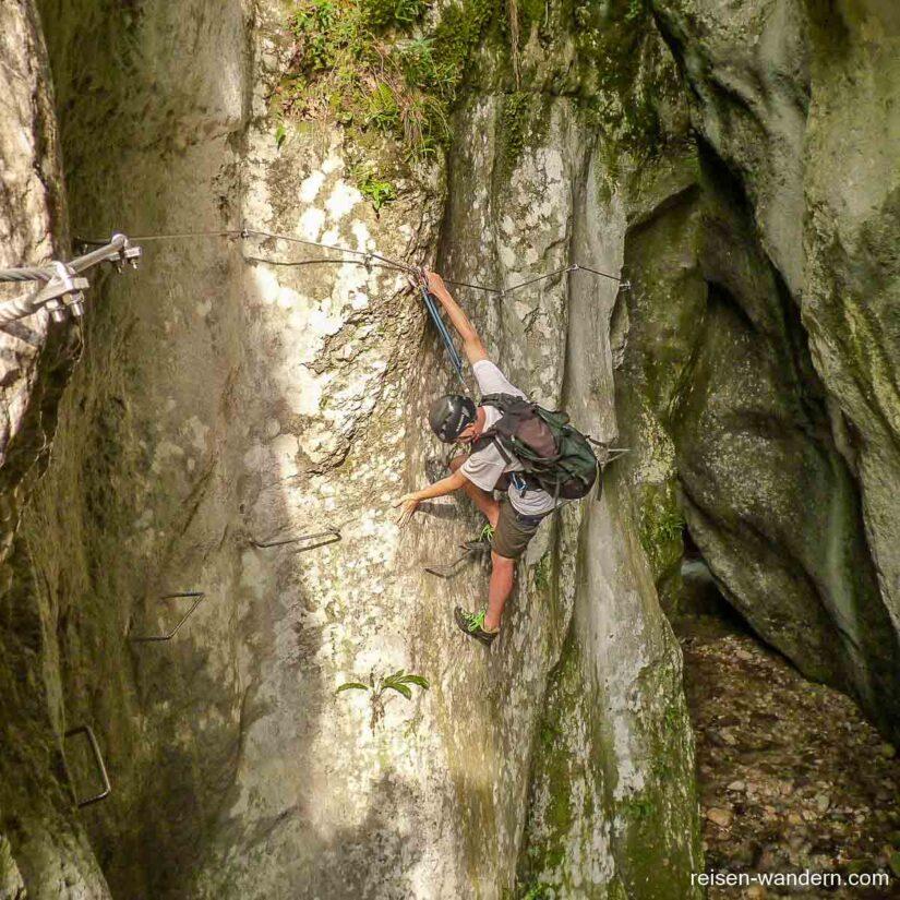 1. Abschnitt des Klettersteig Sentiero attrezzato Rio Sallagoni