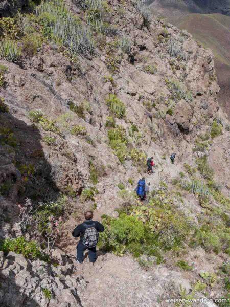 Steiler Abstieg am Roque del Conde