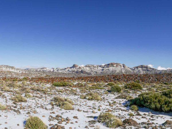 Panorama des Krater des Teide nach Schneefall