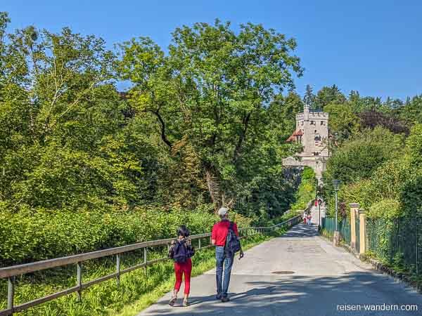Weg zum Freyschlössl - Roter Turm