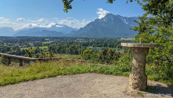 Blick von der Richterhöhe in Salzburg auf die Berge