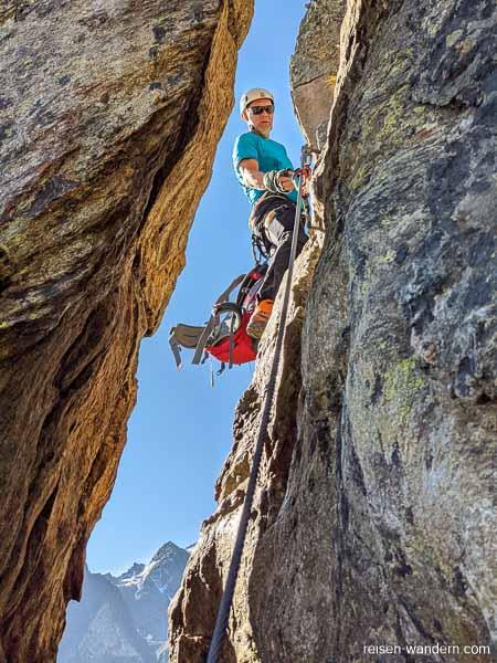 Felsspalte am Klettersteig Fernau