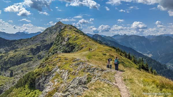 Gipfelweg zum Gipfel Rippetegg