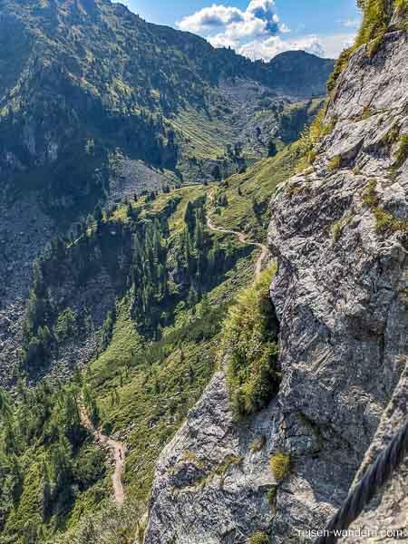 Blick vom Klettersteig auf dem Weg zum Spiegelsee