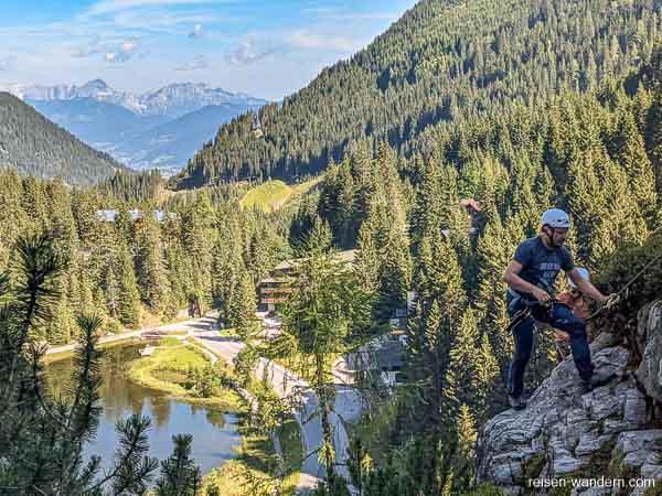 Blick auf Dachsteinmassiv vom Seewand Klettersteig